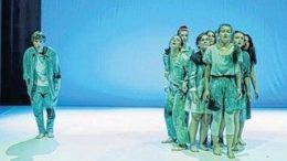 Glaubw?rdig und einnehmend: die jungen Darsteller des Theatriums. Foto: Juliane Beier