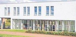 Nach 17-monatiger Bauphase kann die Bibliothek nun genutzt werden. Foto: Andre Kempner