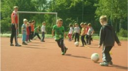Fairplay im Fussball gilt auch schon bei den Kleinen. Foto: Kita Am Kirschberg