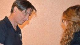 Bei den Proben: Georg Herberger und Darstellerin Lisa Shakin. Foto: Theatrium