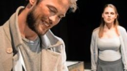 Stark: Joachim Kern als Nemo und Maxi Leopold als Anna. Foto: Constanze Burger